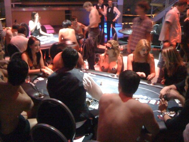 strip-poker-texasholdem-colonia-torneo
